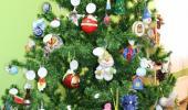 """Выставка совместного творчества детей и родителей """"Новогодняя игрушка"""""""